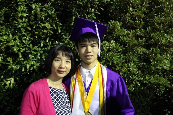 Jeff Cui with parents