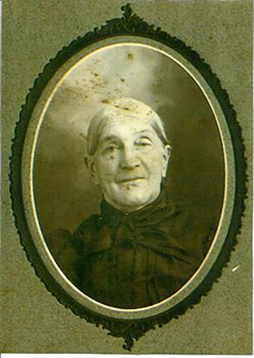 M Elizabeth Setzler Grabach